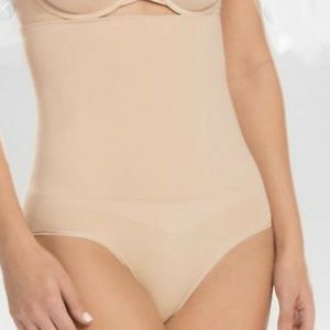 Assets Spanx High Waist Panty Size L NWOT Beige